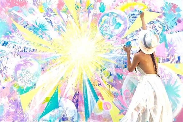 神田さおりと踊って描こう
